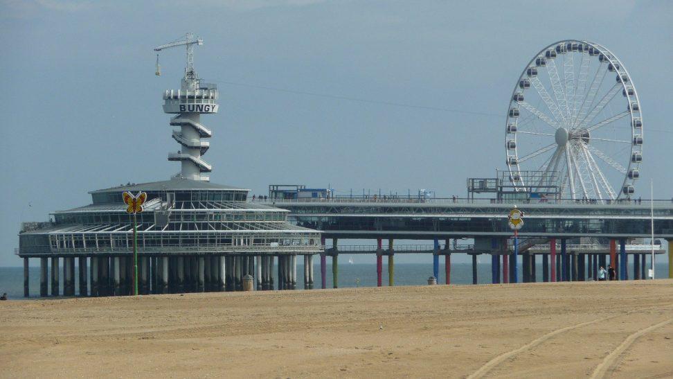 strand pier scheveningen